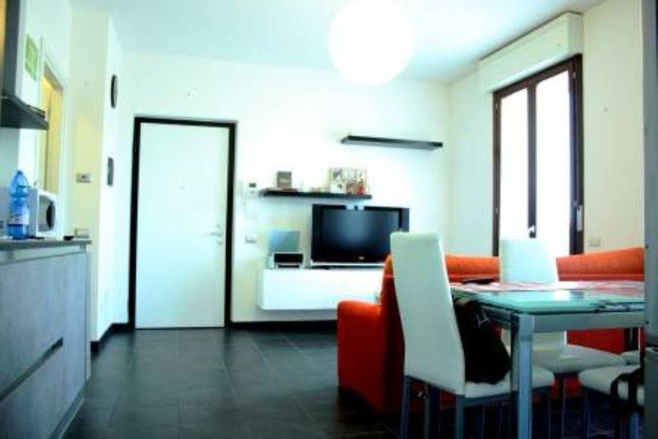 Appartamento in vendita a Cornate d'Adda, 2 locali, prezzo € 105.000 | CambioCasa.it
