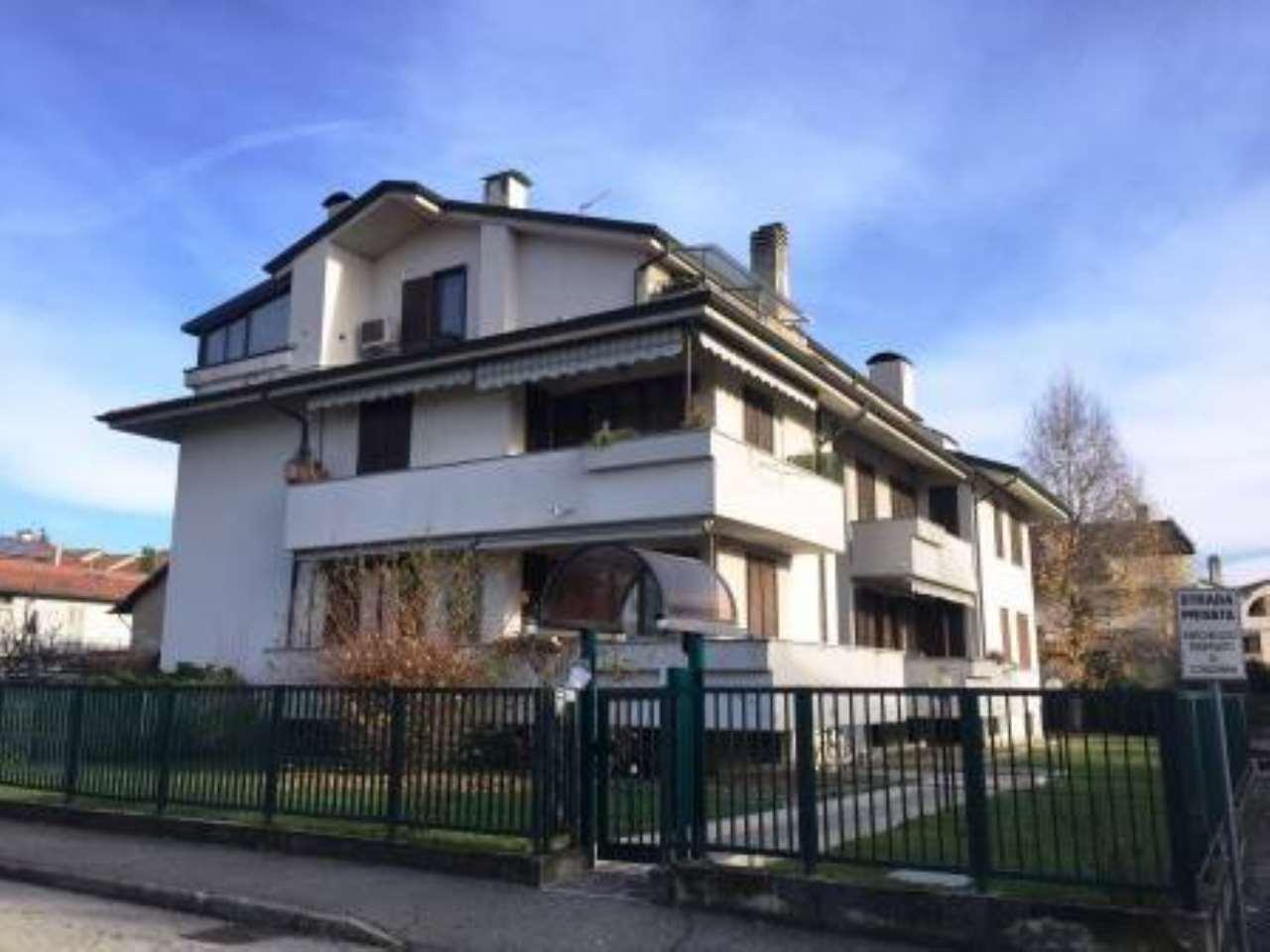 Appartamento in vendita a Vimercate, 3 locali, prezzo € 200.000   CambioCasa.it