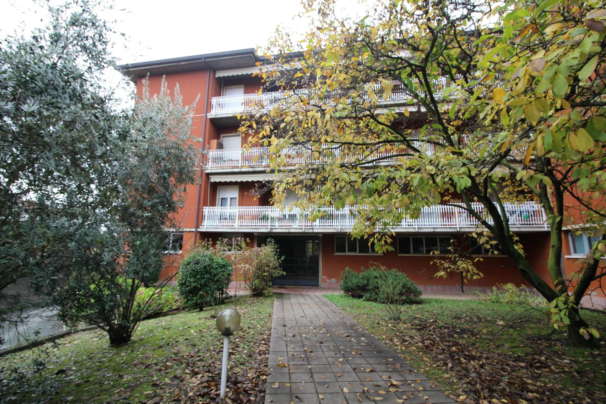 Appartamento in buone condizioni in vendita Rif. 8680731