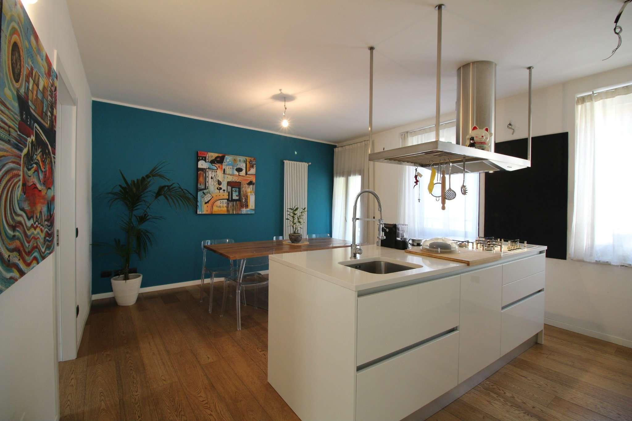 Appartamento in vendita a Vimercate, 3 locali, prezzo € 329.000   CambioCasa.it