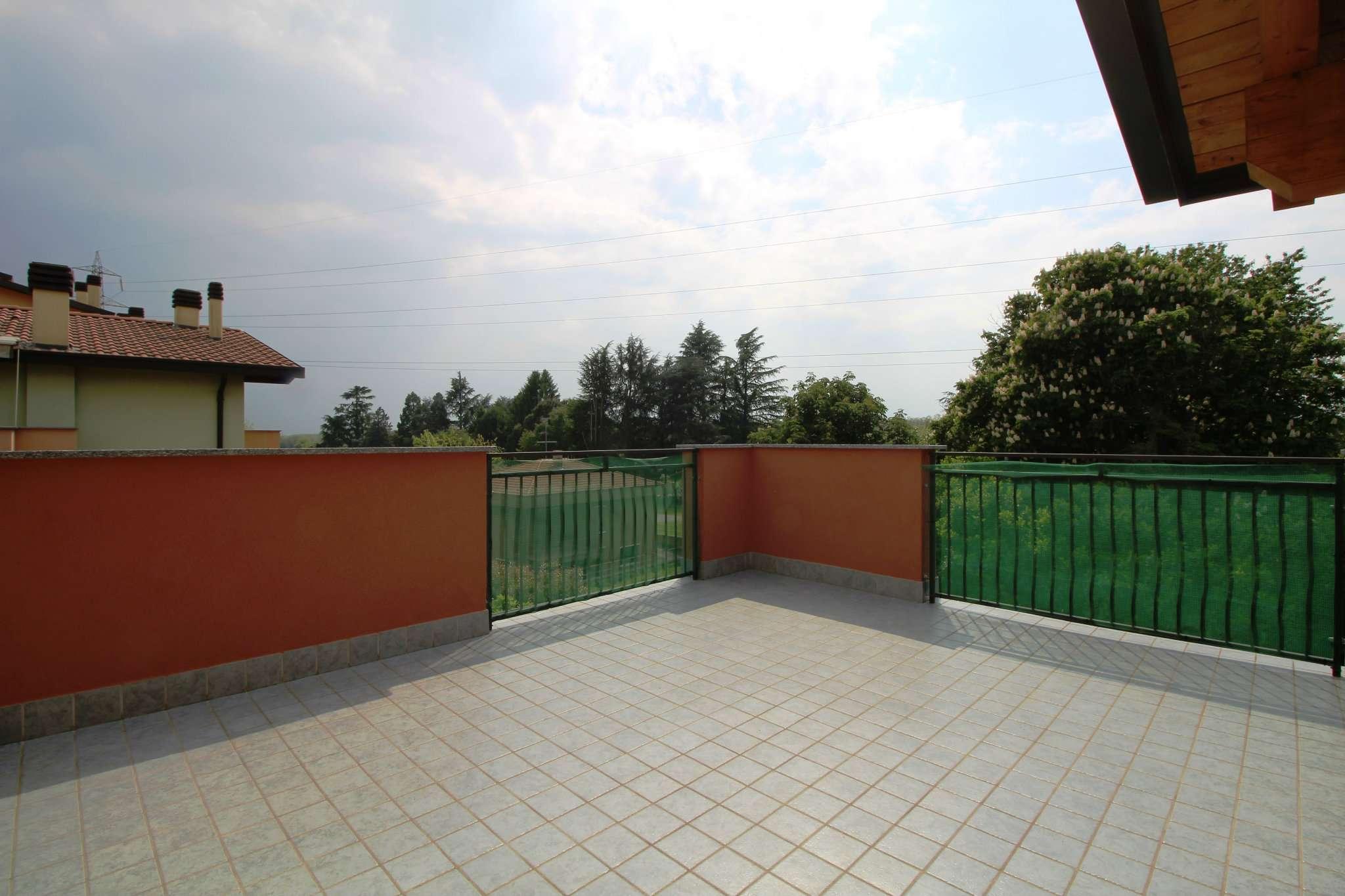 Appartamento in vendita a Roncello, 4 locali, prezzo € 205.000 | PortaleAgenzieImmobiliari.it