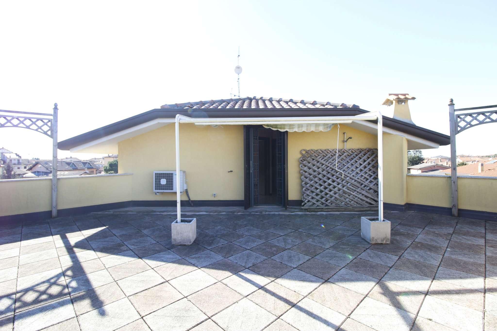 Appartamento in vendita a Busnago, 3 locali, prezzo € 250.000   CambioCasa.it