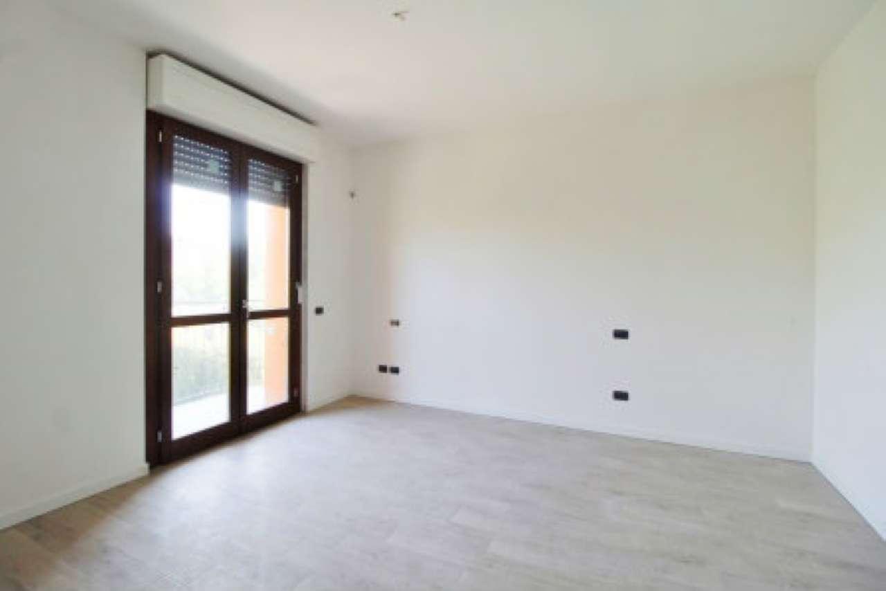 Appartamento in vendita a Mezzago, 3 locali, prezzo € 125.000 | CambioCasa.it