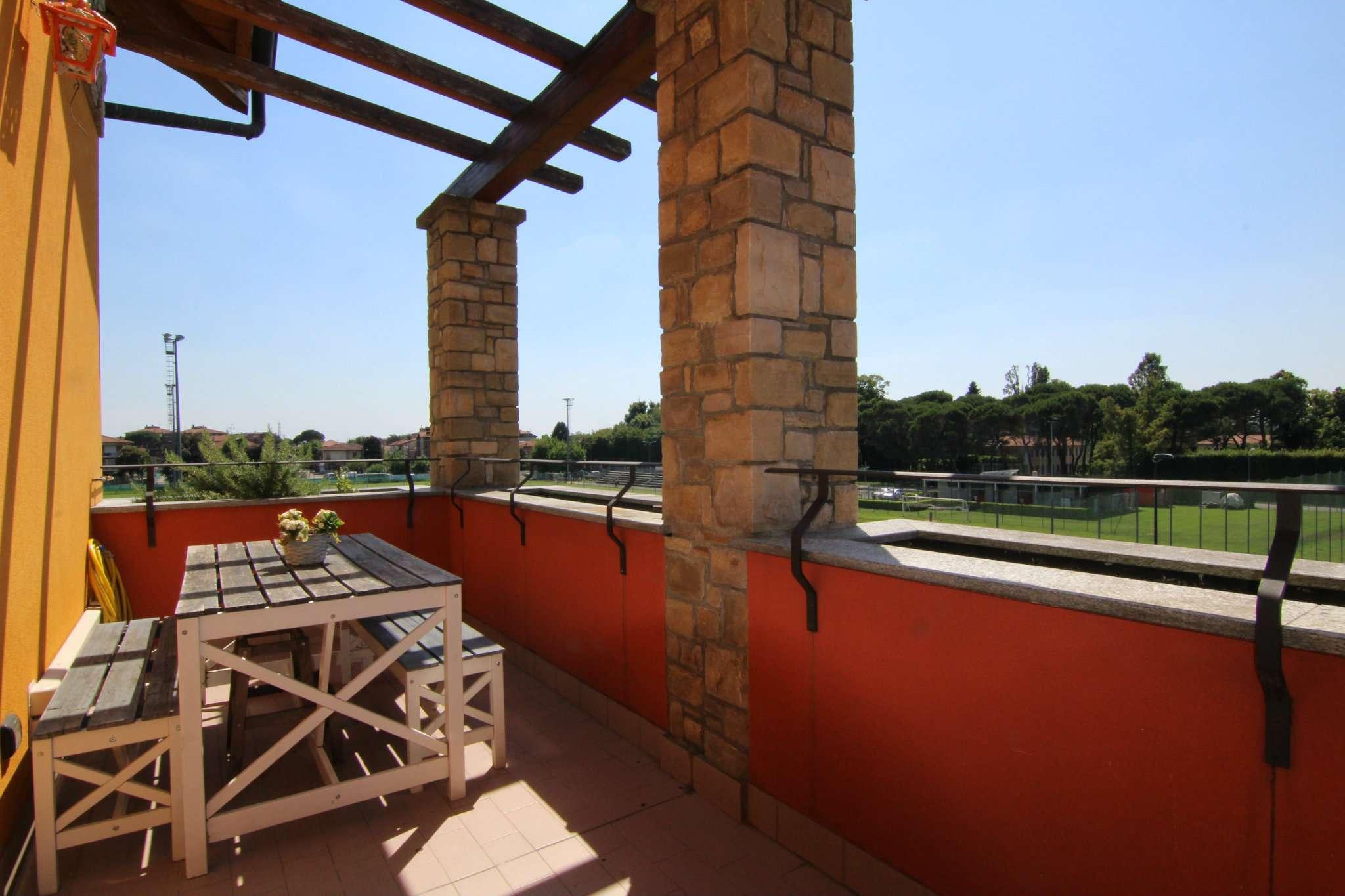 Appartamento in vendita a Carnate, 3 locali, prezzo € 172.000 | PortaleAgenzieImmobiliari.it