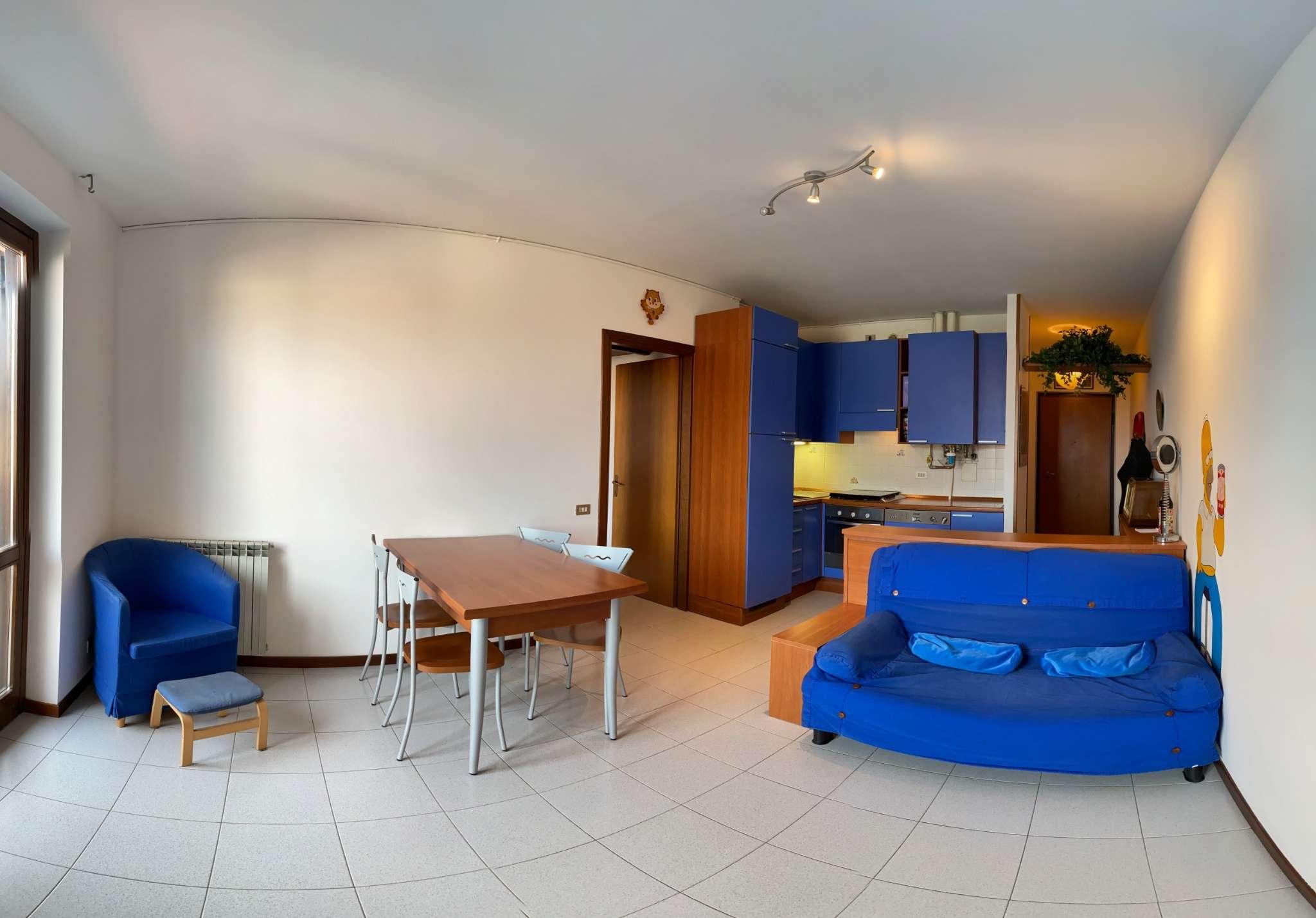 Appartamento in vendita a Ronco Briantino, 2 locali, prezzo € 84.000 | CambioCasa.it