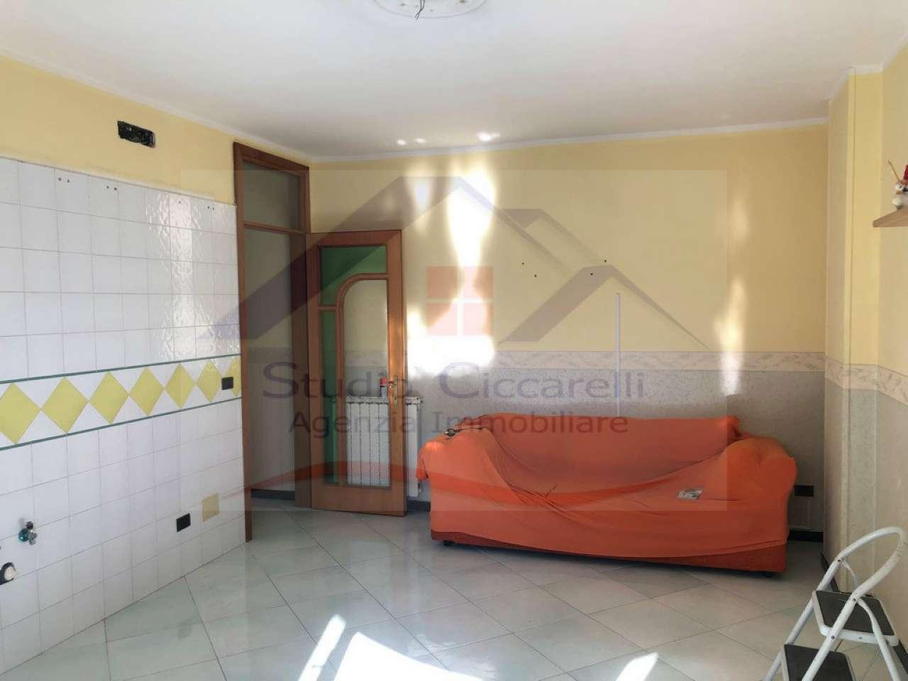 Appartamento 3 Vani Con Box Auto in Condominio