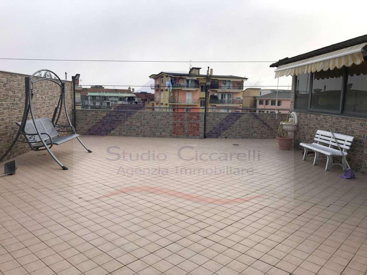 Appartamento in ottime condizioni in vendita Rif. 9127177