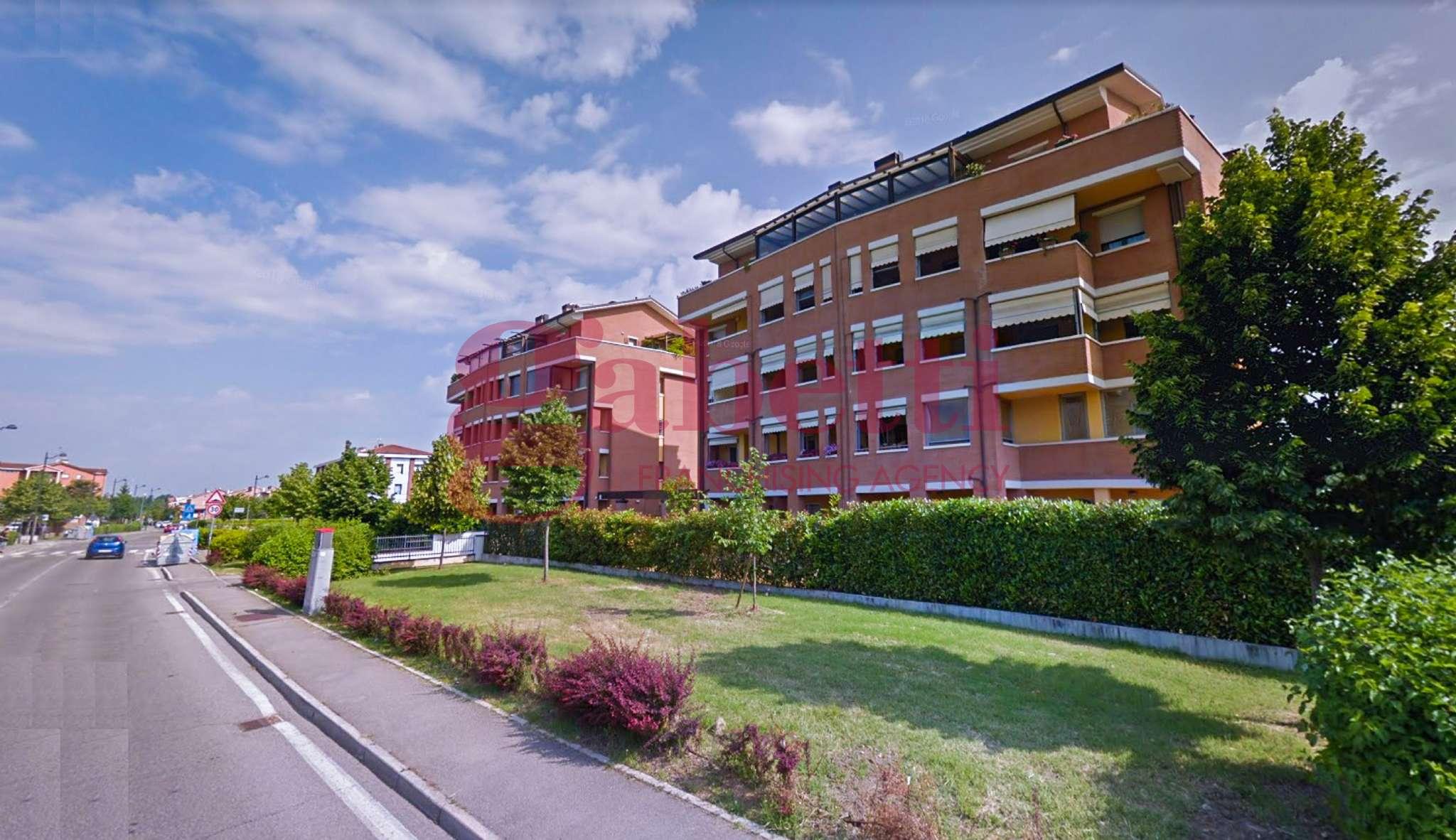 Appartamento parzialmente arredato in vendita Rif. 8939887