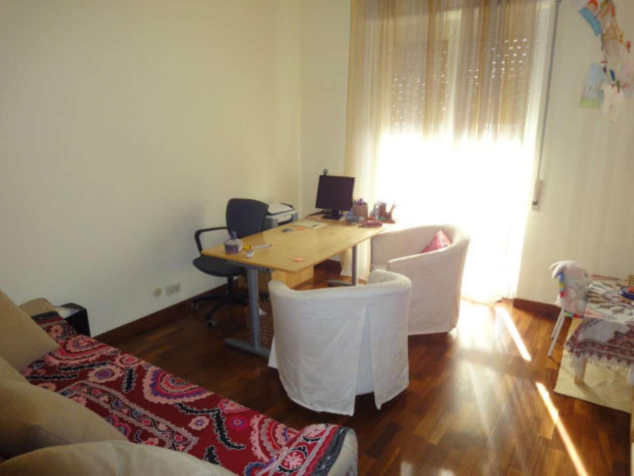 Appartamento ristrutturato arredato in affitto Rif. 5814535
