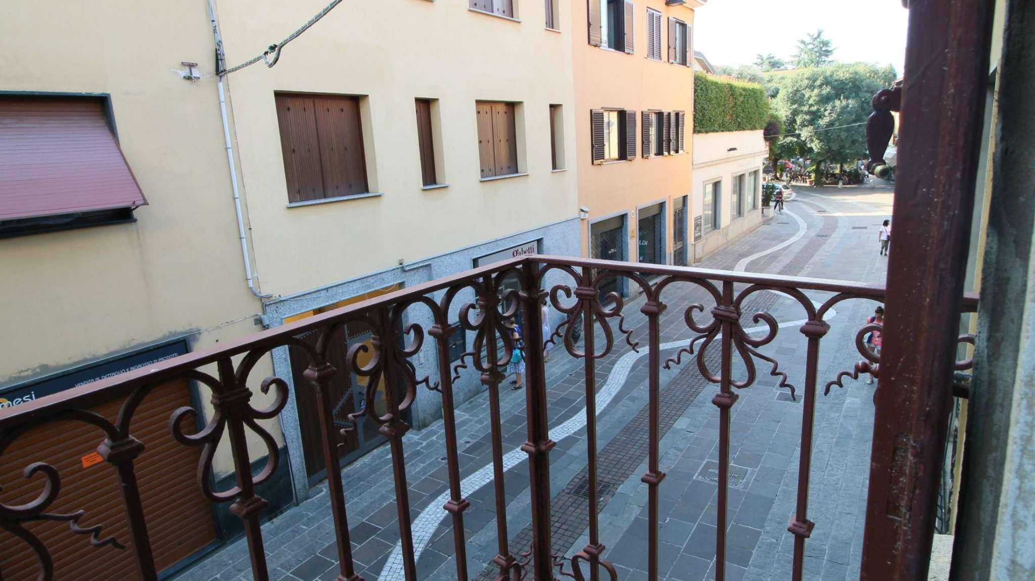 Appartamento in buone condizioni arredato in affitto Rif. 7912506