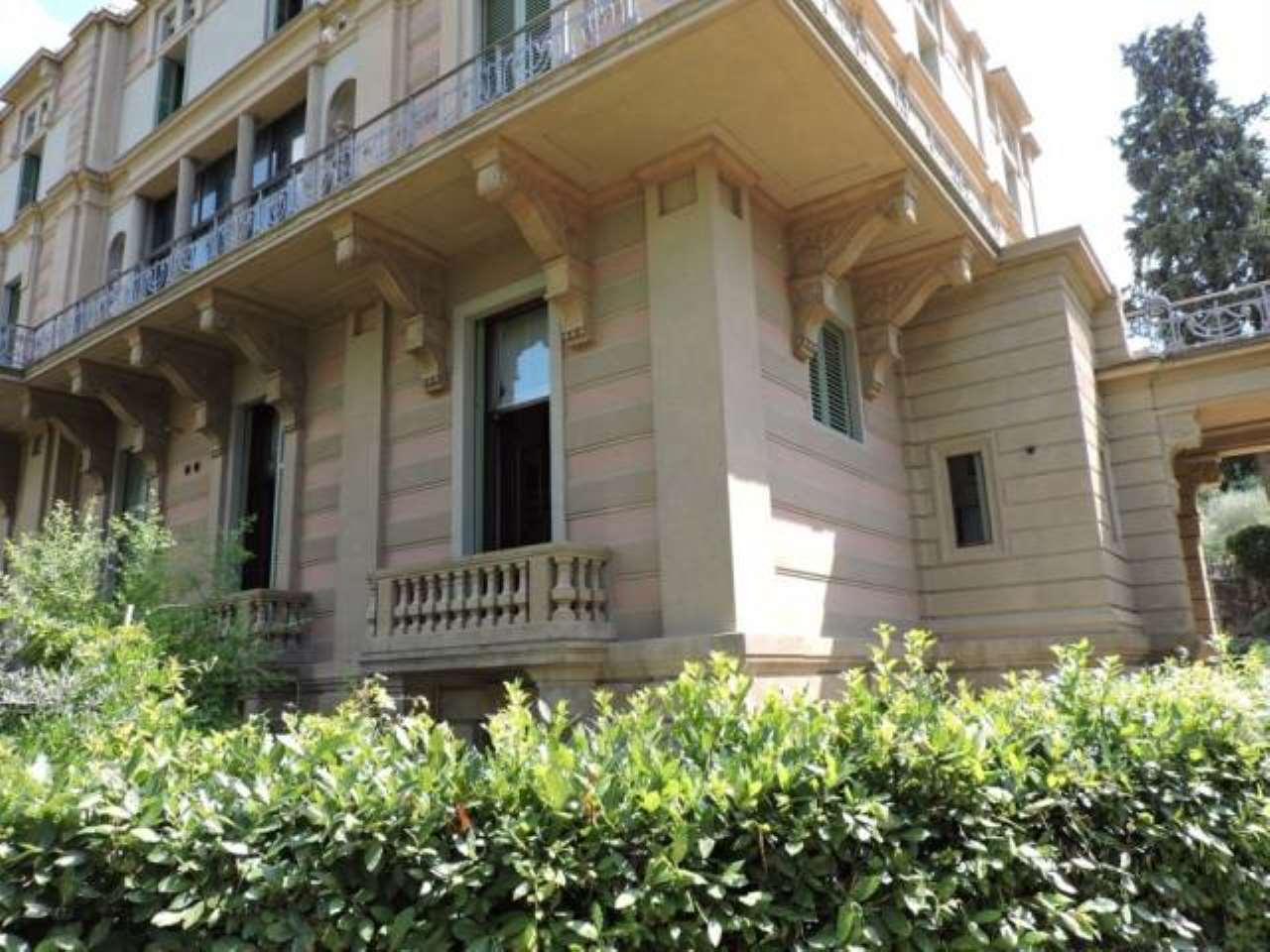 Appartamento in ottime condizioni parzialmente arredato in vendita Rif. 6611345