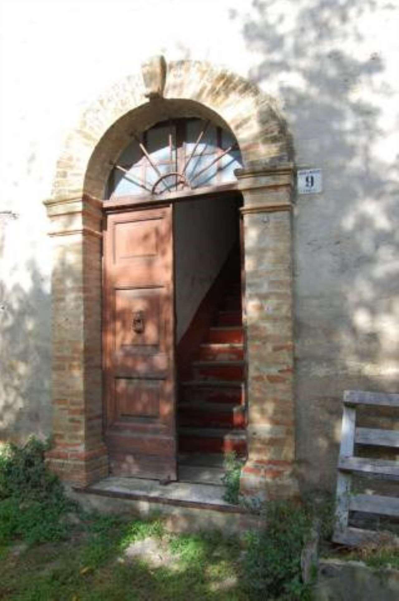 Rustico / Casale in vendita a Gualdo, 6 locali, prezzo € 220.000 | CambioCasa.it