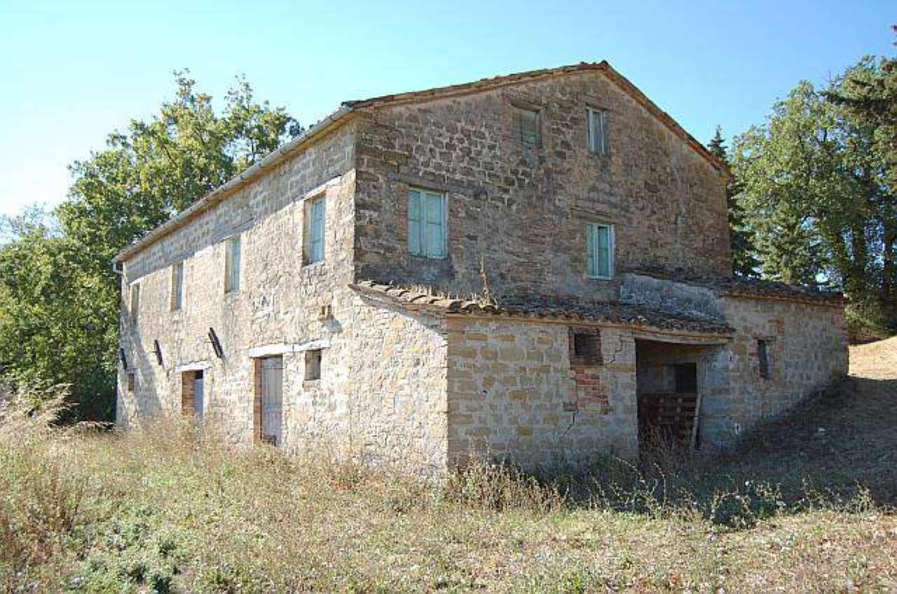 Rustico / Casale in vendita a Gualdo, 6 locali, prezzo € 280.000 | CambioCasa.it