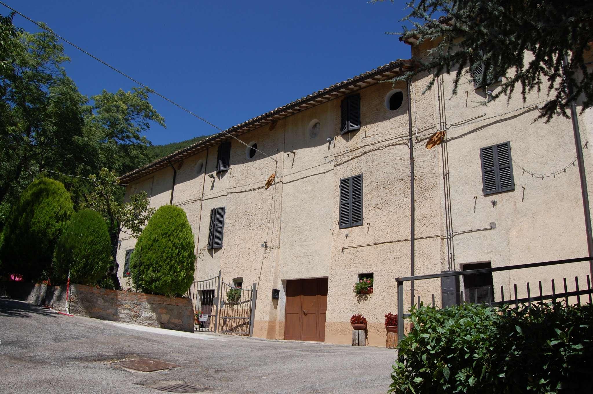 Altro in vendita a Pieve Torina, 24 locali, prezzo € 350.000 | CambioCasa.it