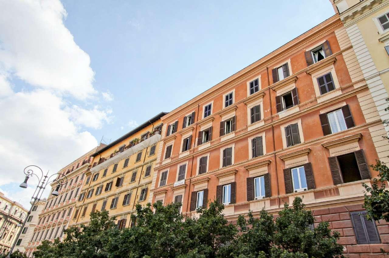 Appartamento in vendita a Roma, 3 locali, zona Zona: 25 . Trastevere - Testaccio, prezzo € 550.000 | CambioCasa.it