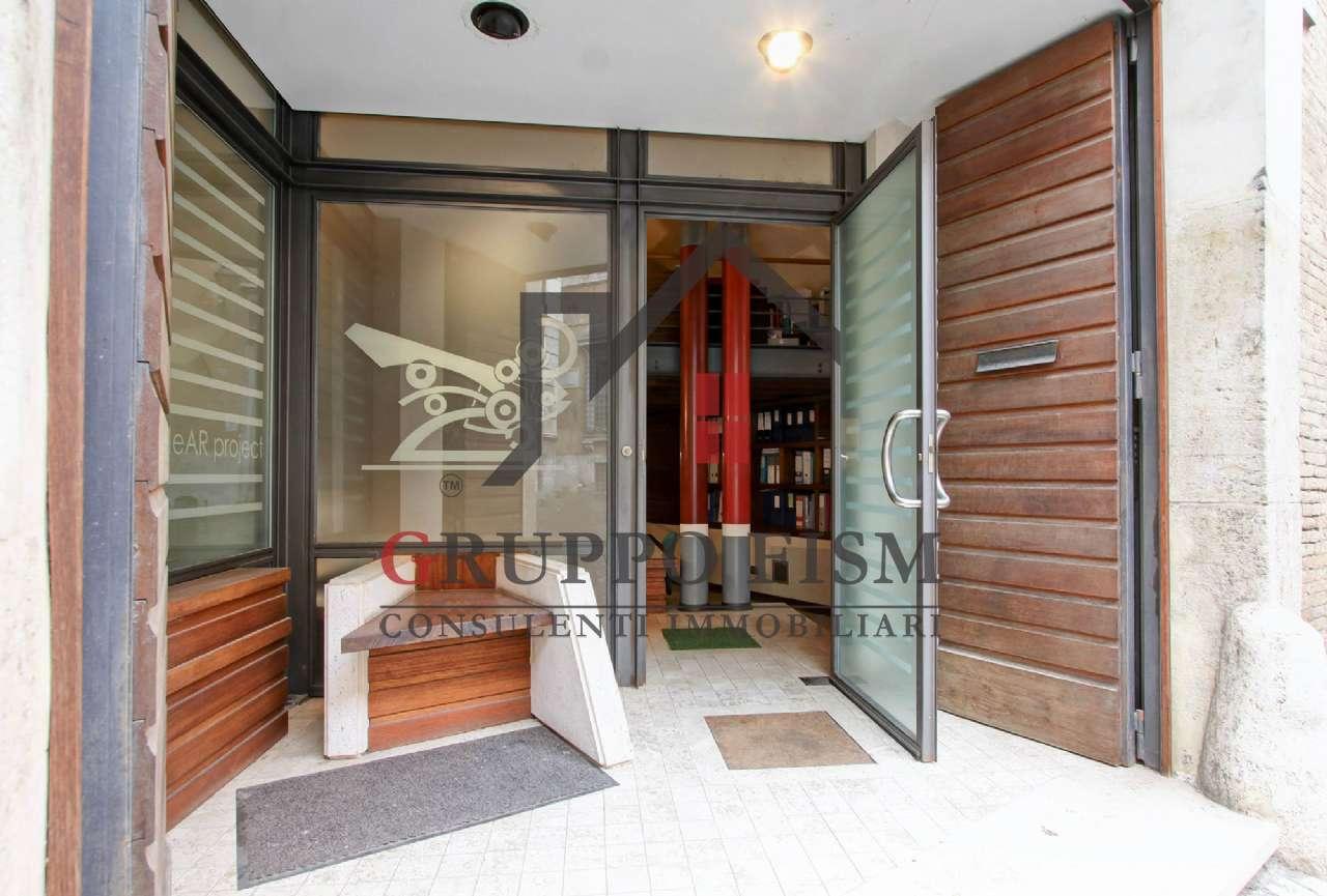 Loft / Openspace in vendita a Roma, 3 locali, zona Zona: 1 . Centro storico, prezzo € 750.000 | CambioCasa.it