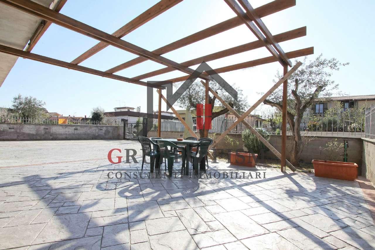 Appartamento in vendita a Roma, 5 locali, zona Zona: 33 . Quarto Casale, Labaro, Valle Muricana, Prima Porta, prezzo € 185.000 | CambioCasa.it