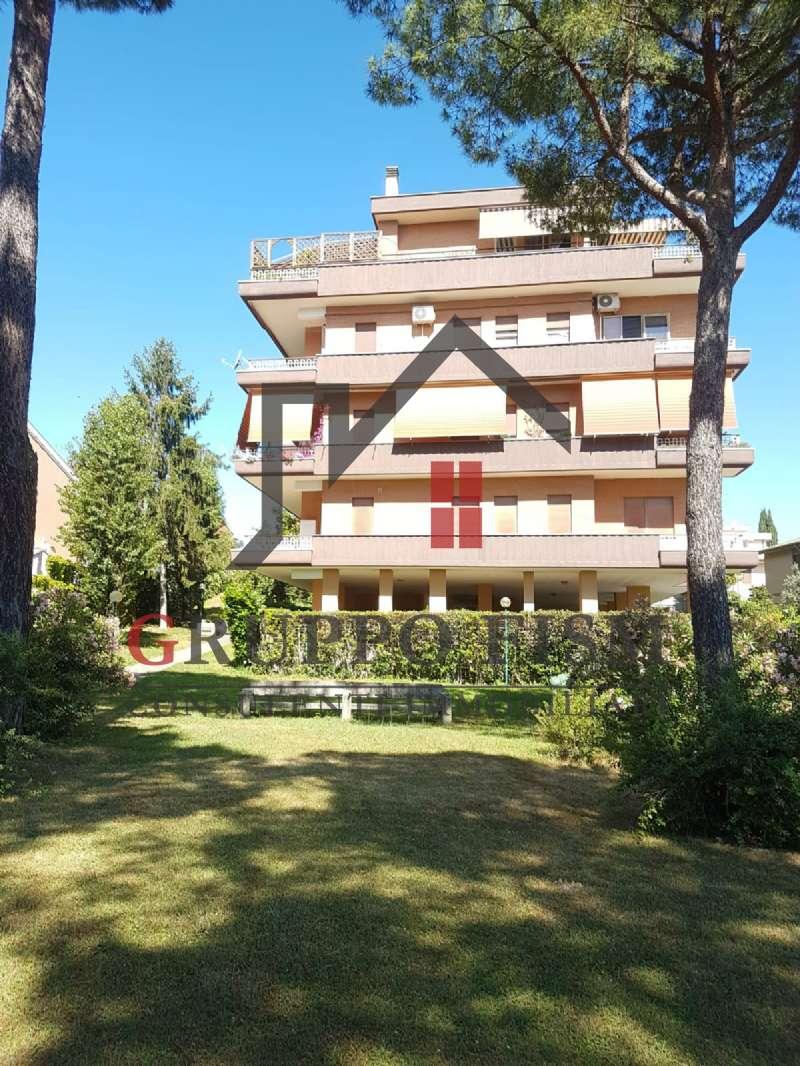 Appartamento in vendita a Roma, 5 locali, zona Zona: 42 . Cassia - Olgiata, prezzo € 319.000 | CambioCasa.it