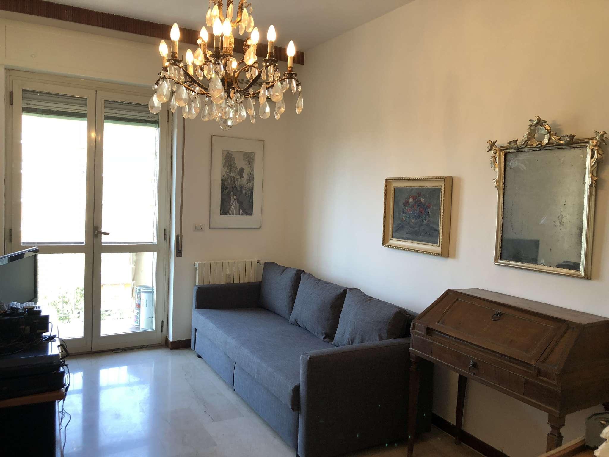 Appartamento in ottime condizioni arredato in affitto Rif. 7592204