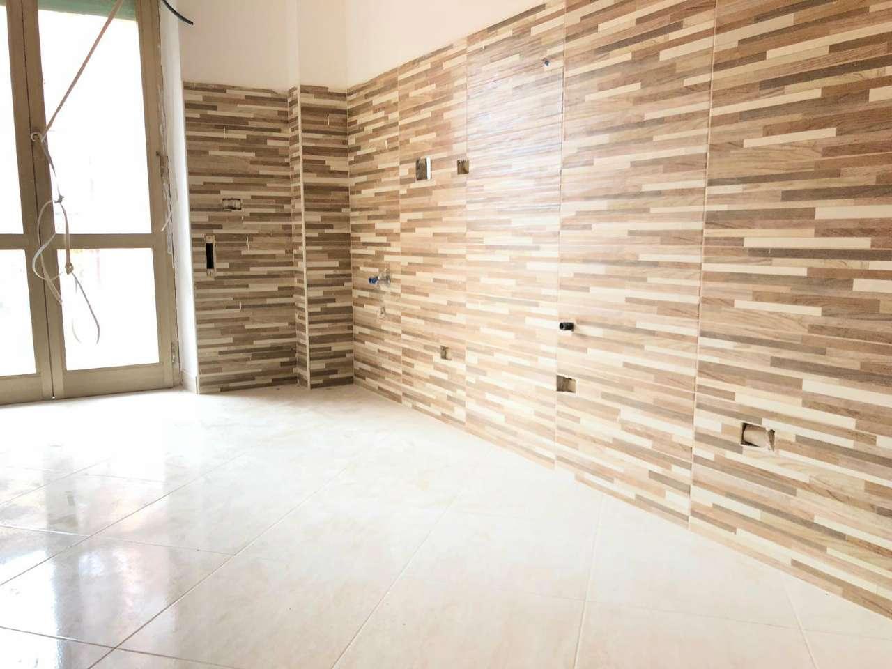Appartamento in vendita a Roma, 2 locali, zona Zona: 13 . Tuscolano, Appio Claudio, Villa Lais, Quadraro, prezzo € 209.000 | CambioCasa.it