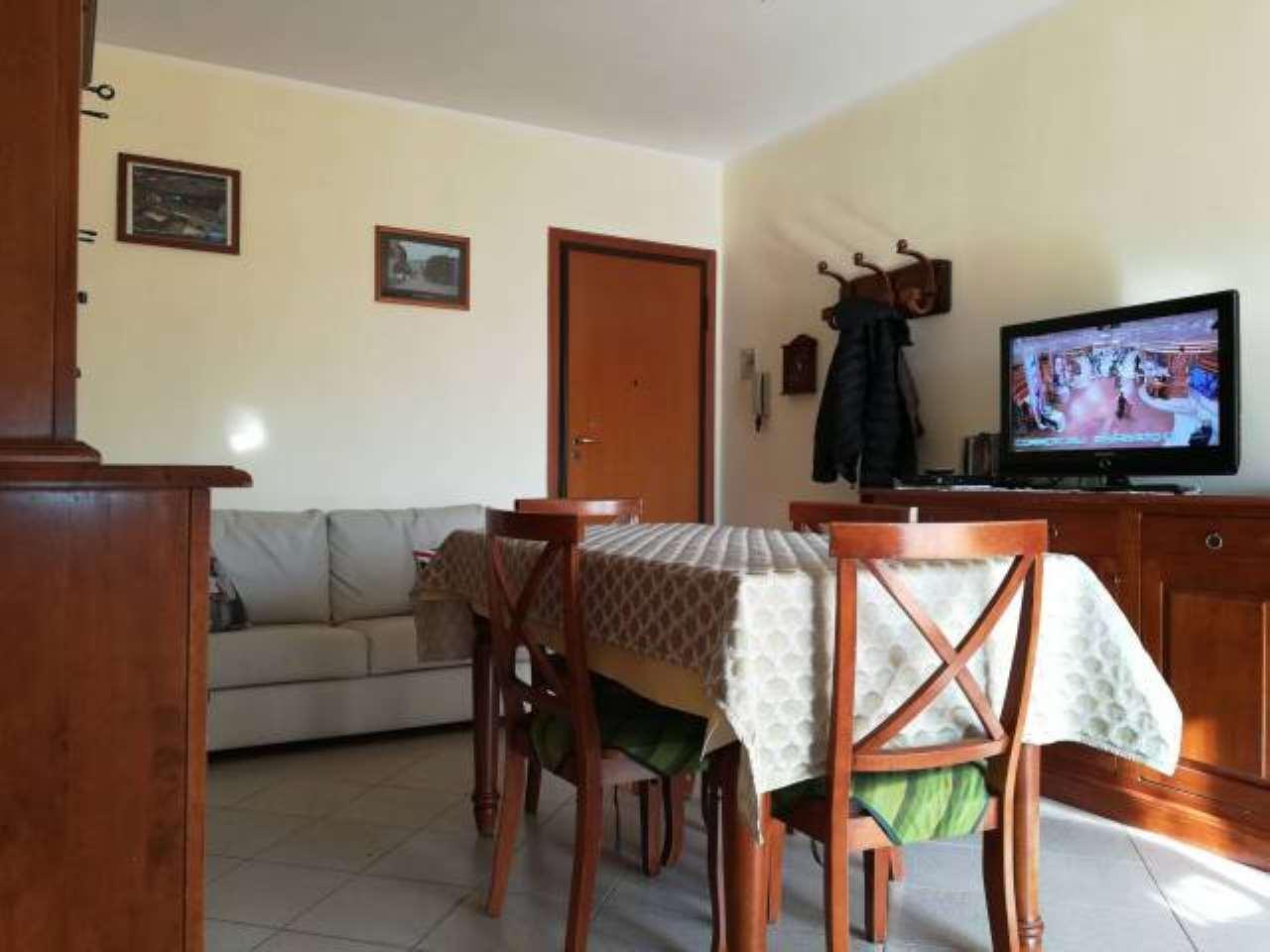 Appartamento in vendita a Rivoli, 4 locali, prezzo € 169.000 | CambioCasa.it