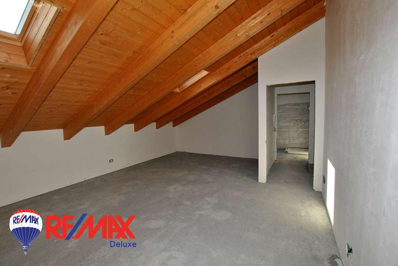 Appartamento in vendita a Vinovo, 5 locali, prezzo € 260.000   CambioCasa.it