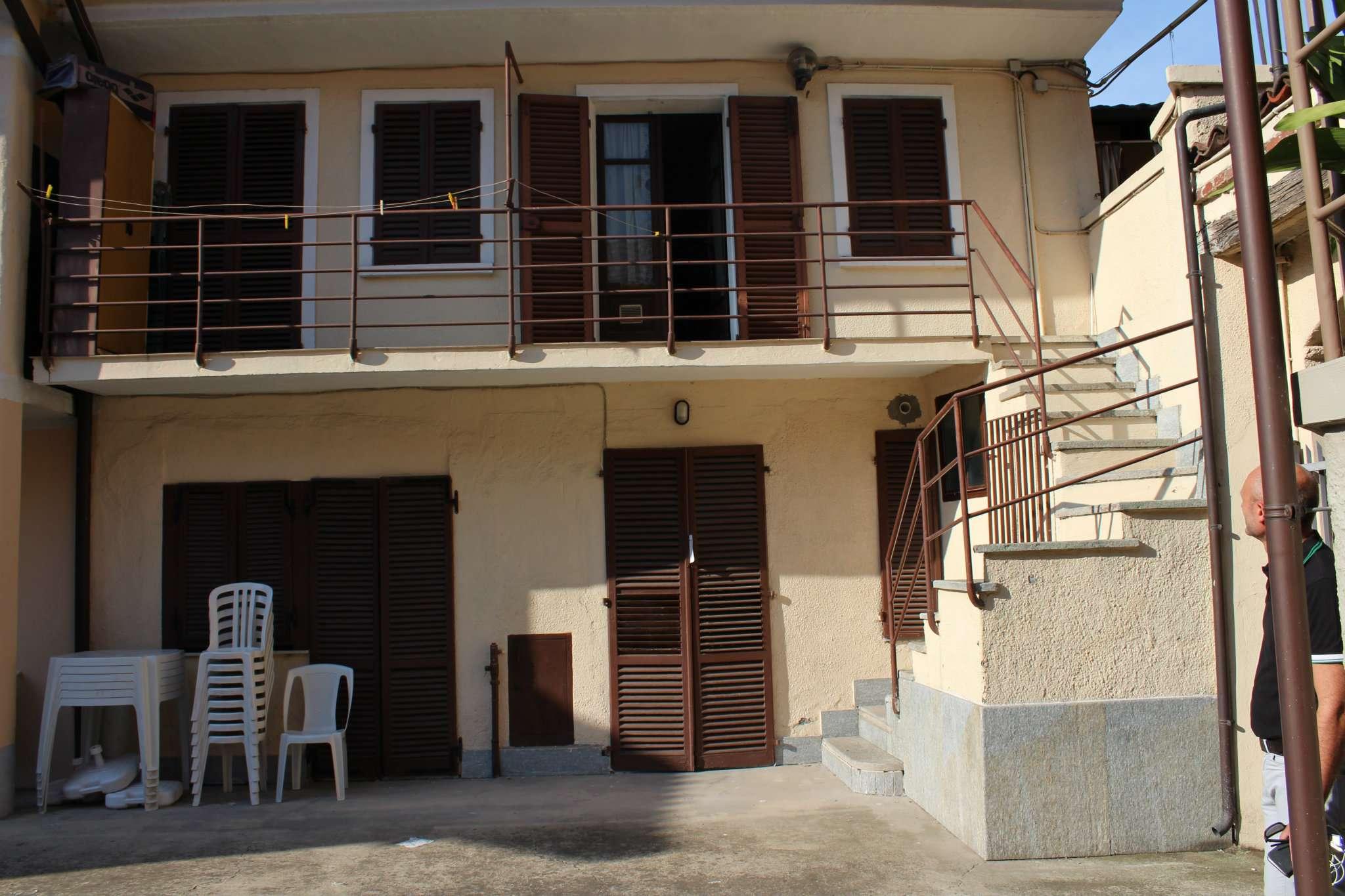 Appartamento in buone condizioni in vendita Rif. 7850939