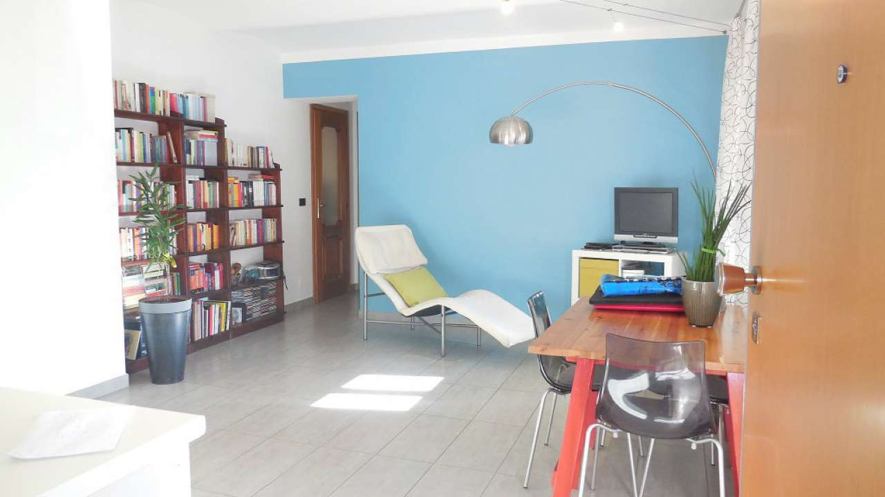 Appartamento in vendita a Rivoli, 3 locali, prezzo € 126.000 | CambioCasa.it