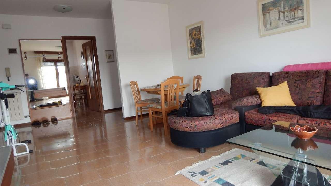 Appartamento in vendita a San Canzian d'Isonzo, 6 locali, prezzo € 100.000 | CambioCasa.it