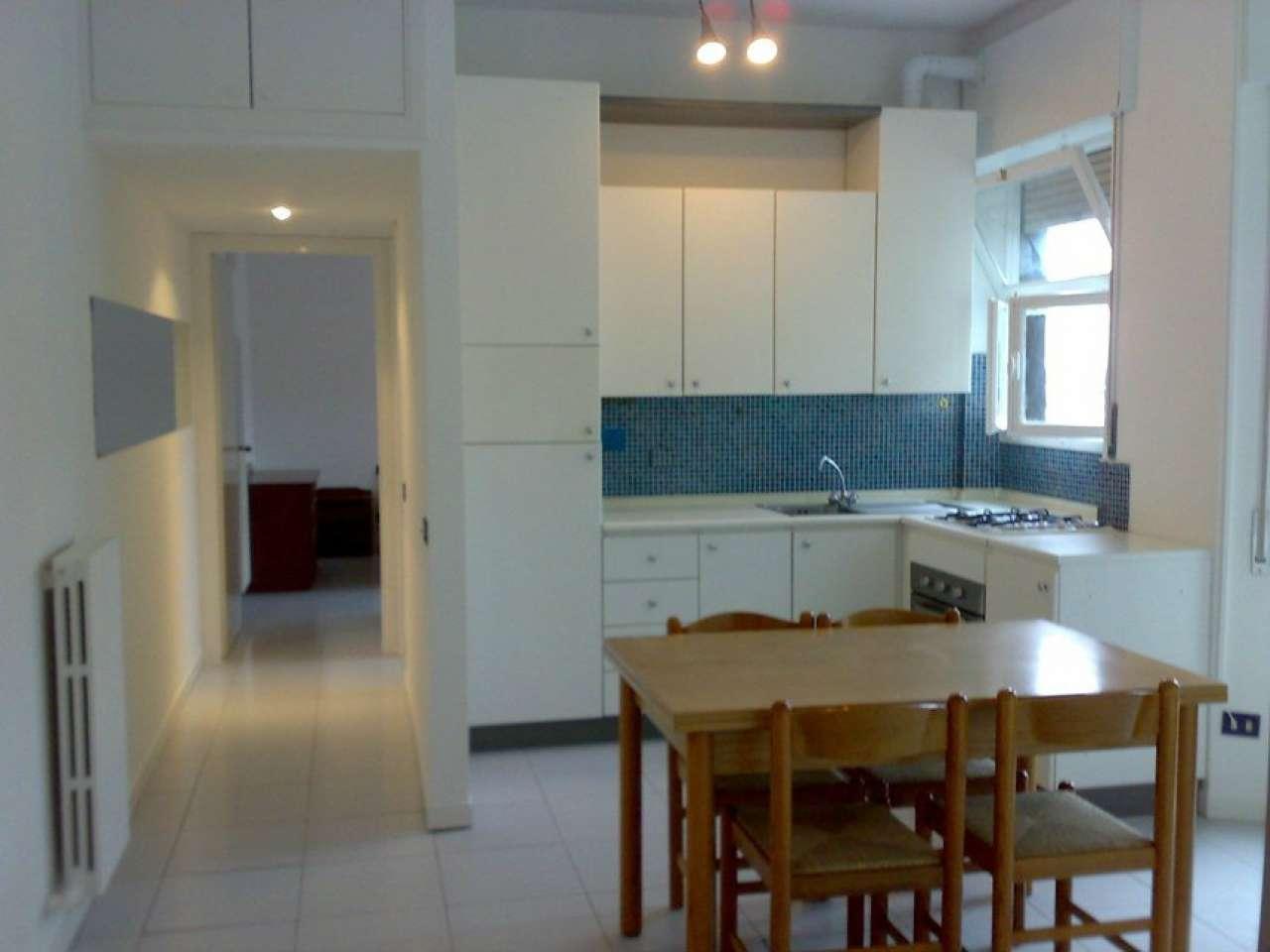 Appartamento in buone condizioni arredato in affitto Rif. 7245756