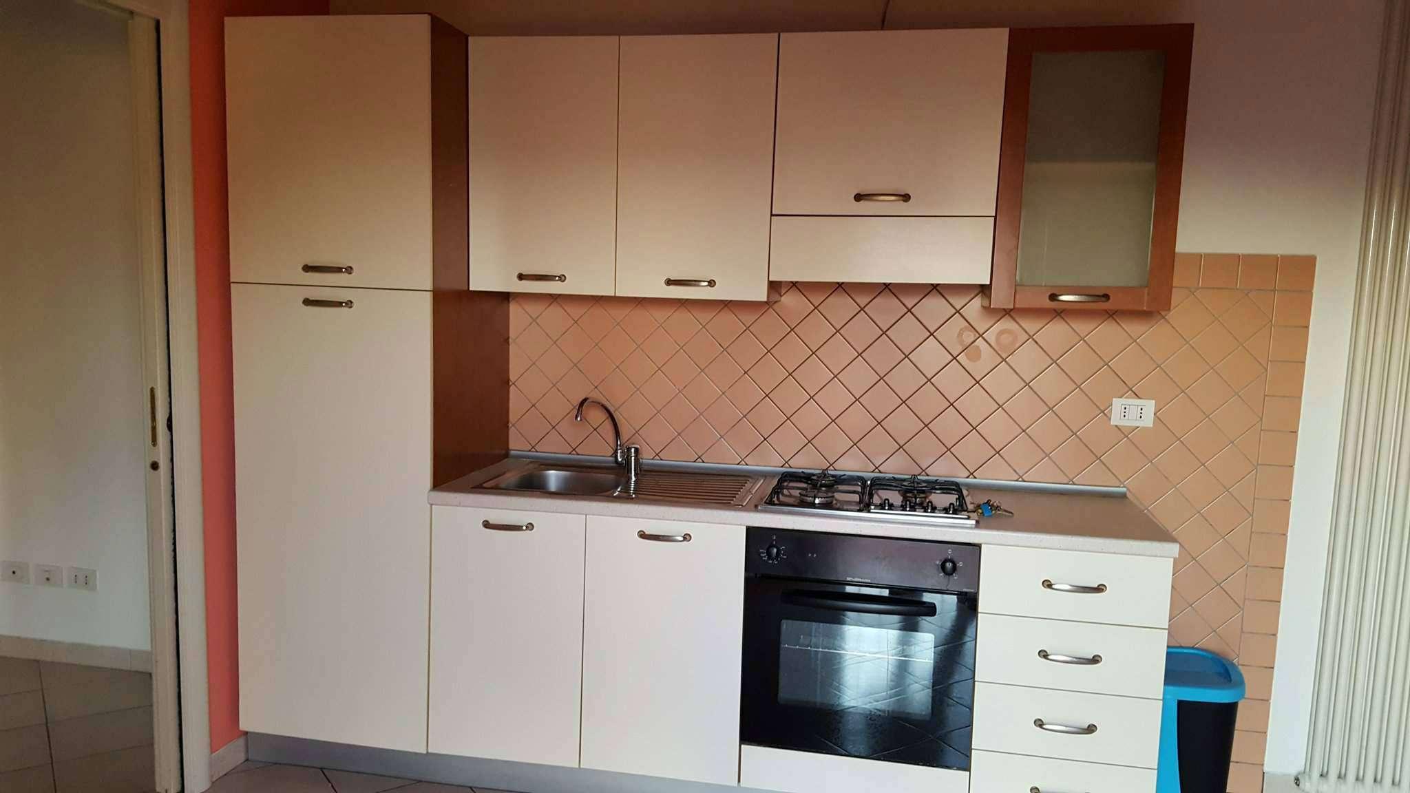 Appartamento ristrutturato arredato in affitto Rif. 7678937