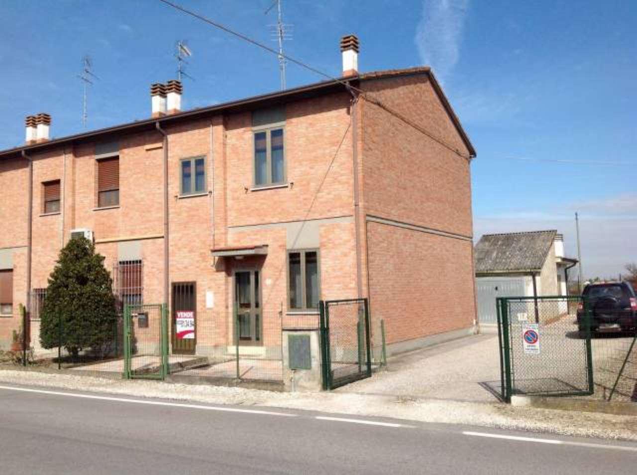 Appartamento in vendita a Masi Torello, 6 locali, prezzo € 69.000 | CambioCasa.it