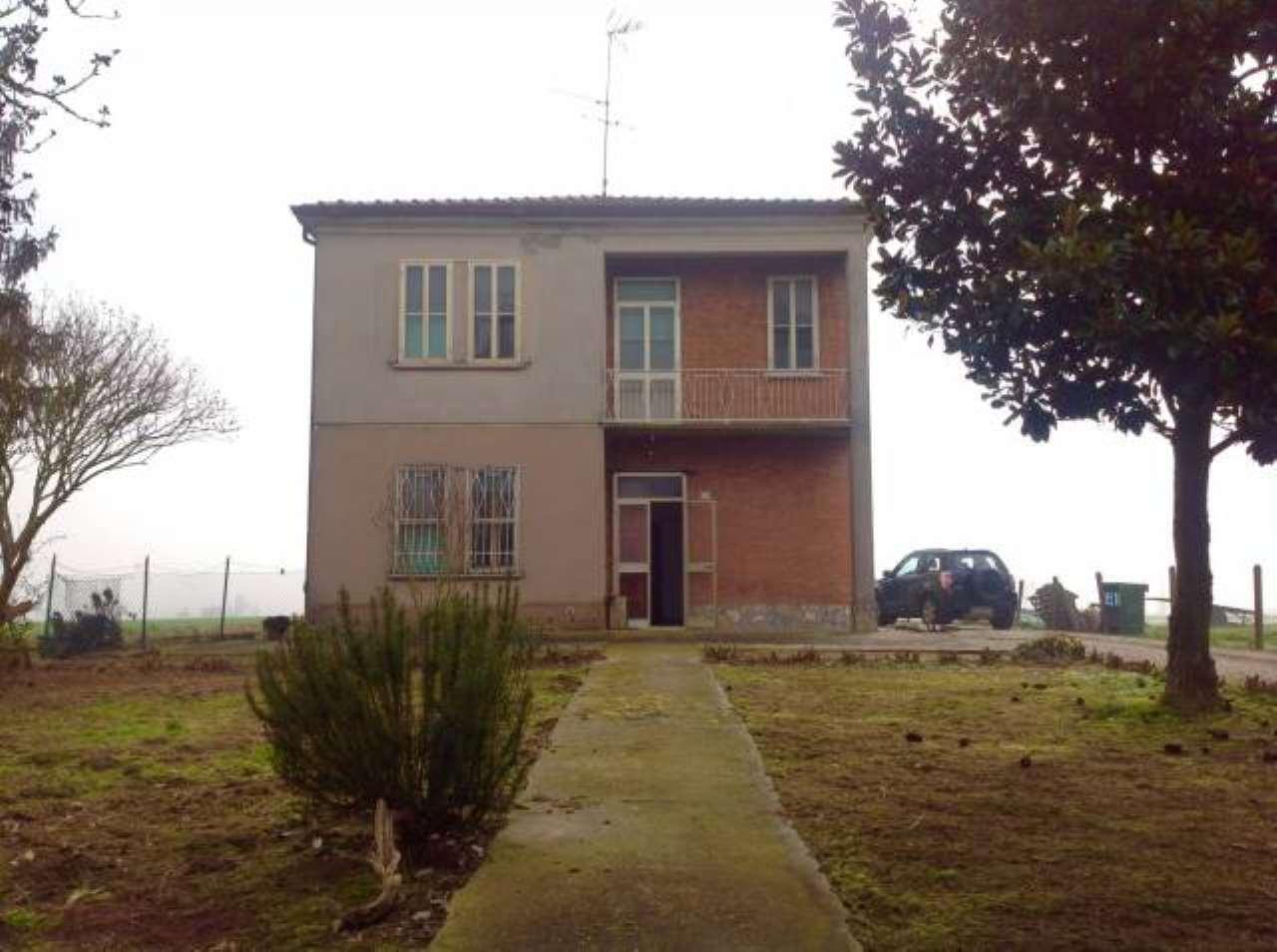Soluzione Indipendente in vendita a Masi Torello, 6 locali, prezzo € 50.000 | CambioCasa.it
