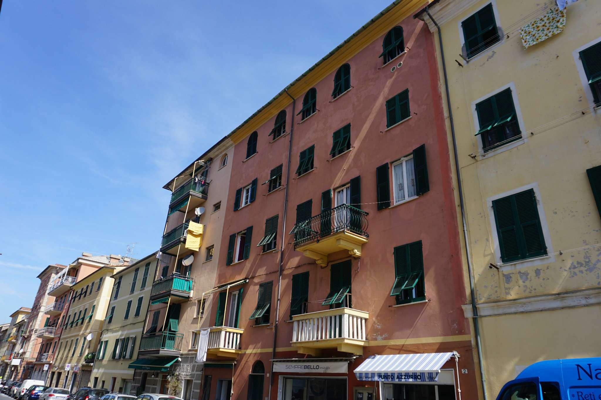 Appartamento da ristrutturare in vendita Rif. 8090141