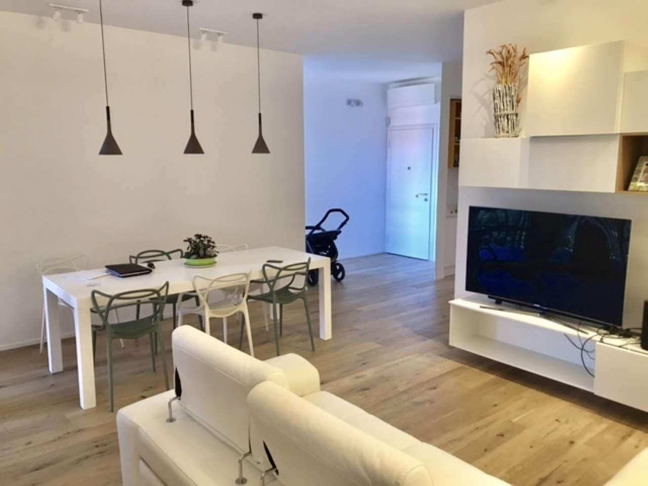 Appartamento arredato in affitto Rif. 7611933