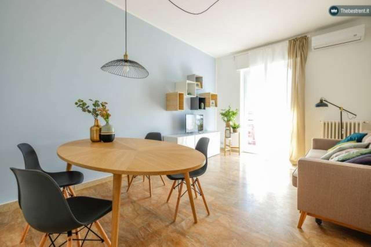 Appartamento in ottime condizioni arredato in affitto Rif. 6183849