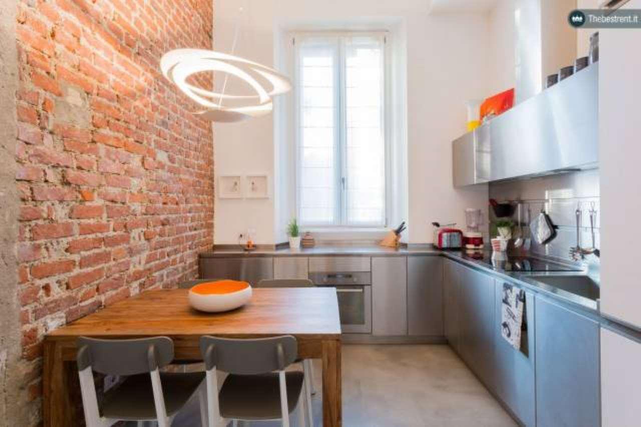 Appartamento in ottime condizioni arredato in affitto Rif. 6183886