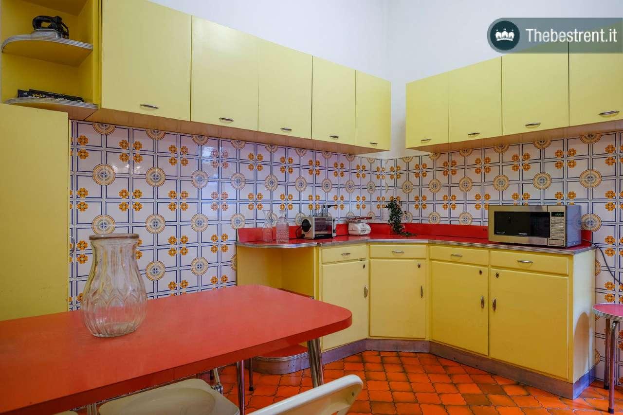 Appartamento ristrutturato arredato in affitto Rif. 8232496