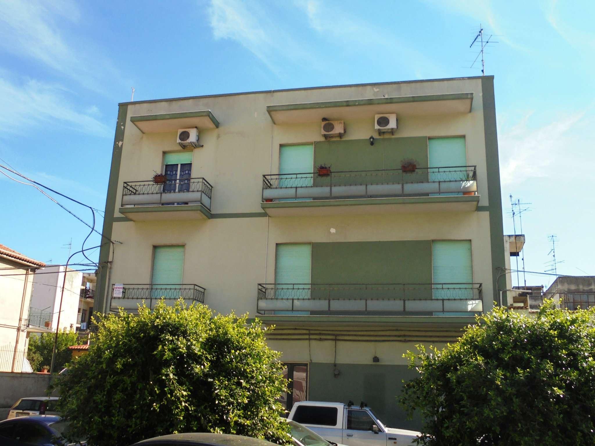 Appartamento ristrutturato parzialmente arredato in vendita Rif. 7935910