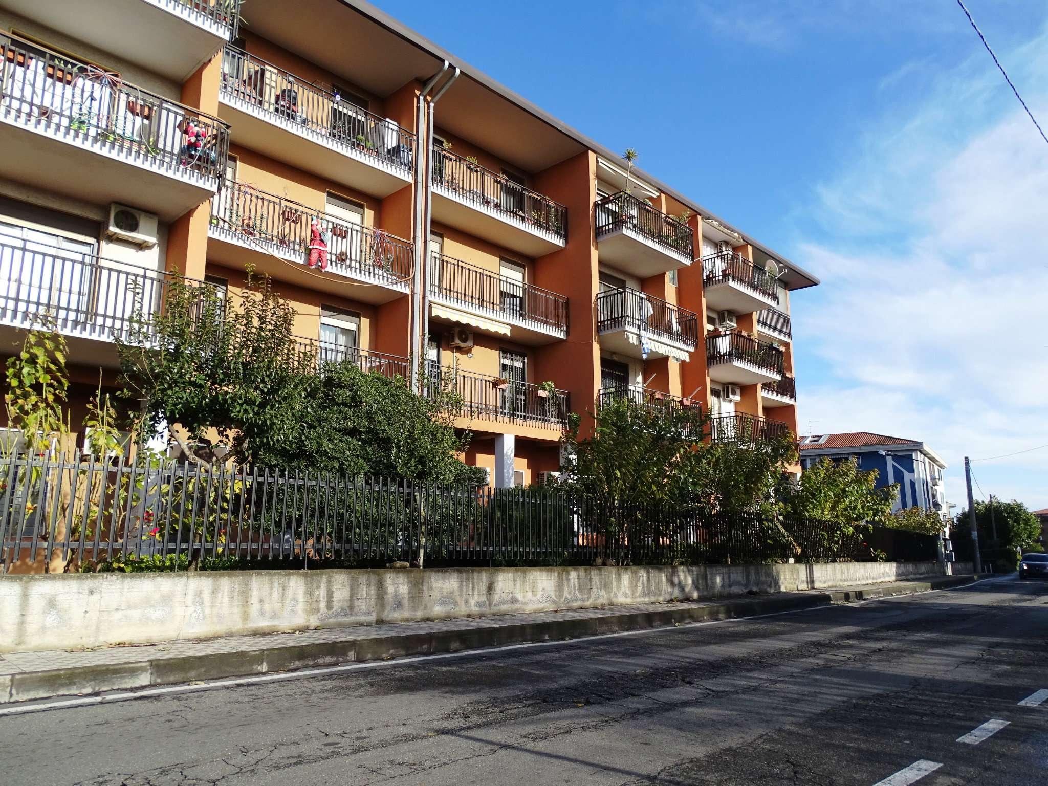 Appartamento da ristrutturare in vendita Rif. 9396617