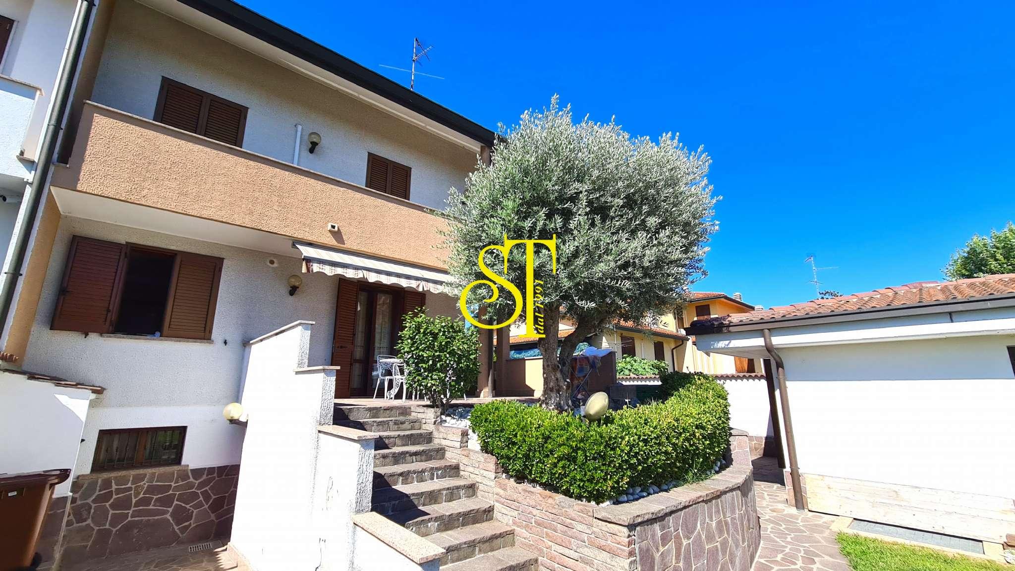 Villa in vendita a Sedriano, 5 locali, prezzo € 580.000 | PortaleAgenzieImmobiliari.it