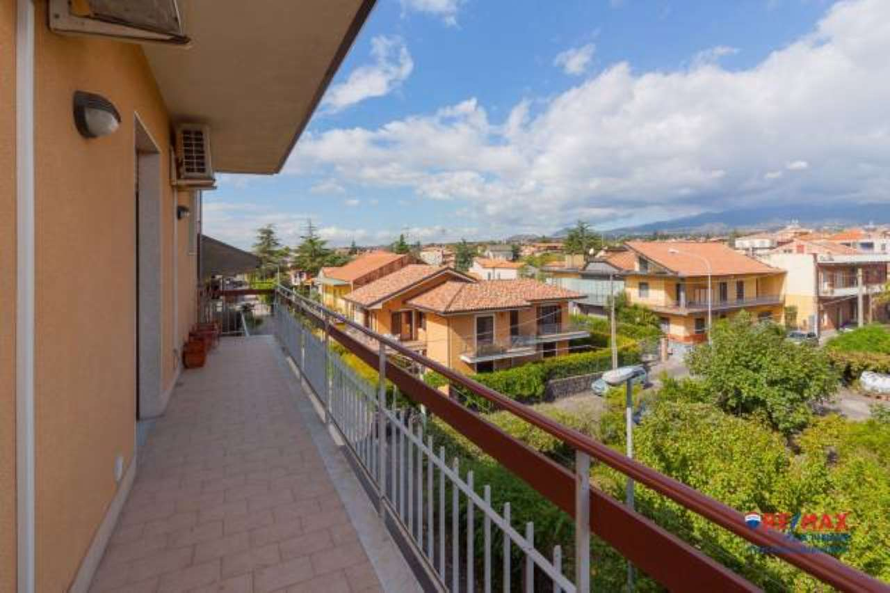 Appartamento in buone condizioni in vendita Rif. 6817398