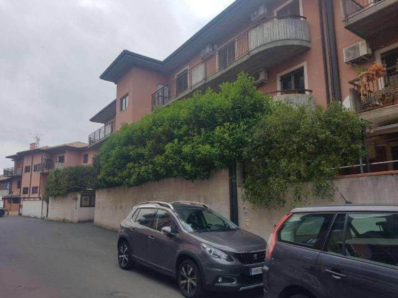 Appartamento in buone condizioni in vendita Rif. 6730423