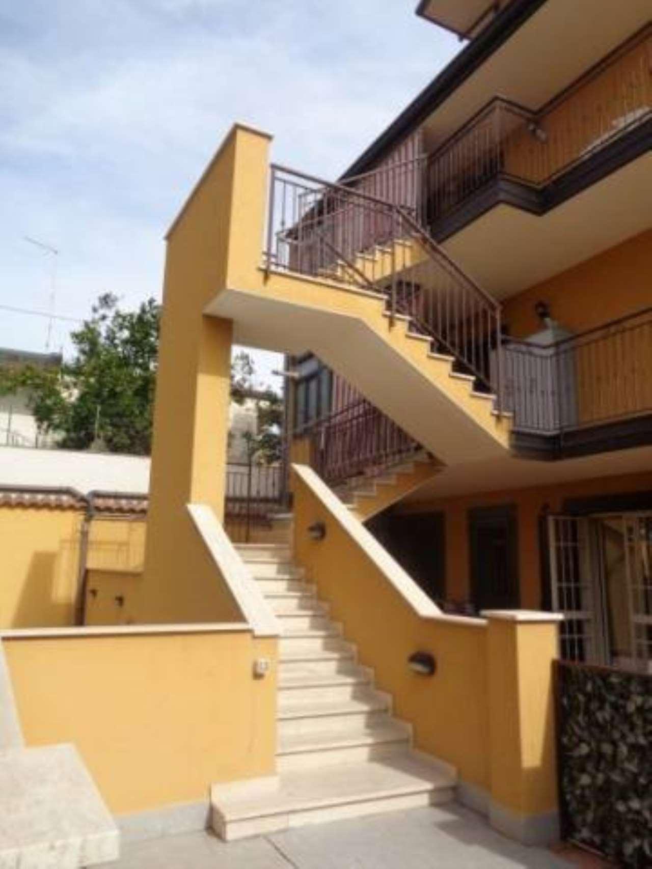 Appartamento in buone condizioni in vendita Rif. 7006070