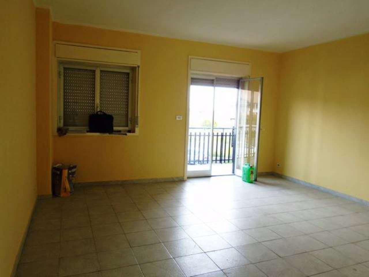 Appartamento in buone condizioni in vendita Rif. 6844563