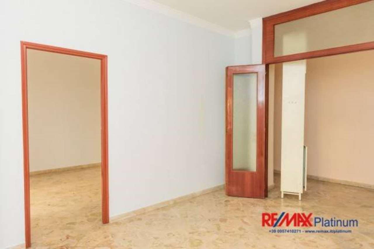 Appartamento in buone condizioni in vendita Rif. 6730433