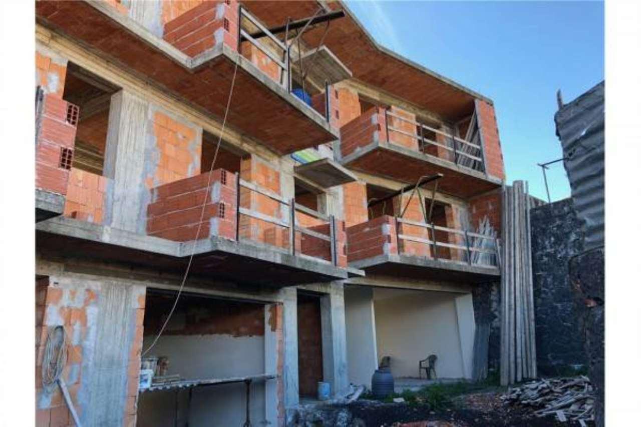 Appartamento in buone condizioni in vendita Rif. 6789018