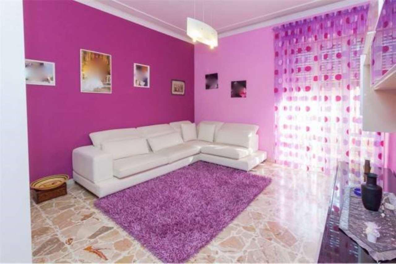 Appartamento in buone condizioni in vendita Rif. 6789040