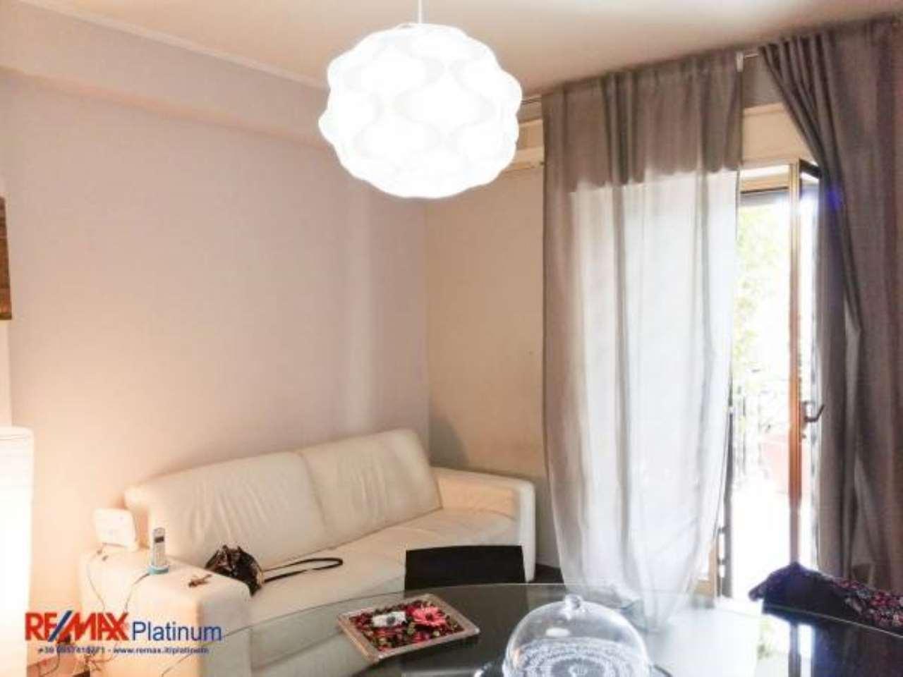 Appartamento in ottime condizioni in vendita Rif. 6923549