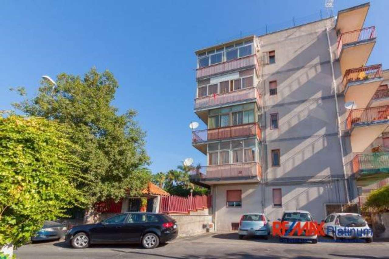 Appartamento in buone condizioni in vendita Rif. 6817493